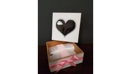 Pudełko na obrączki z sercem